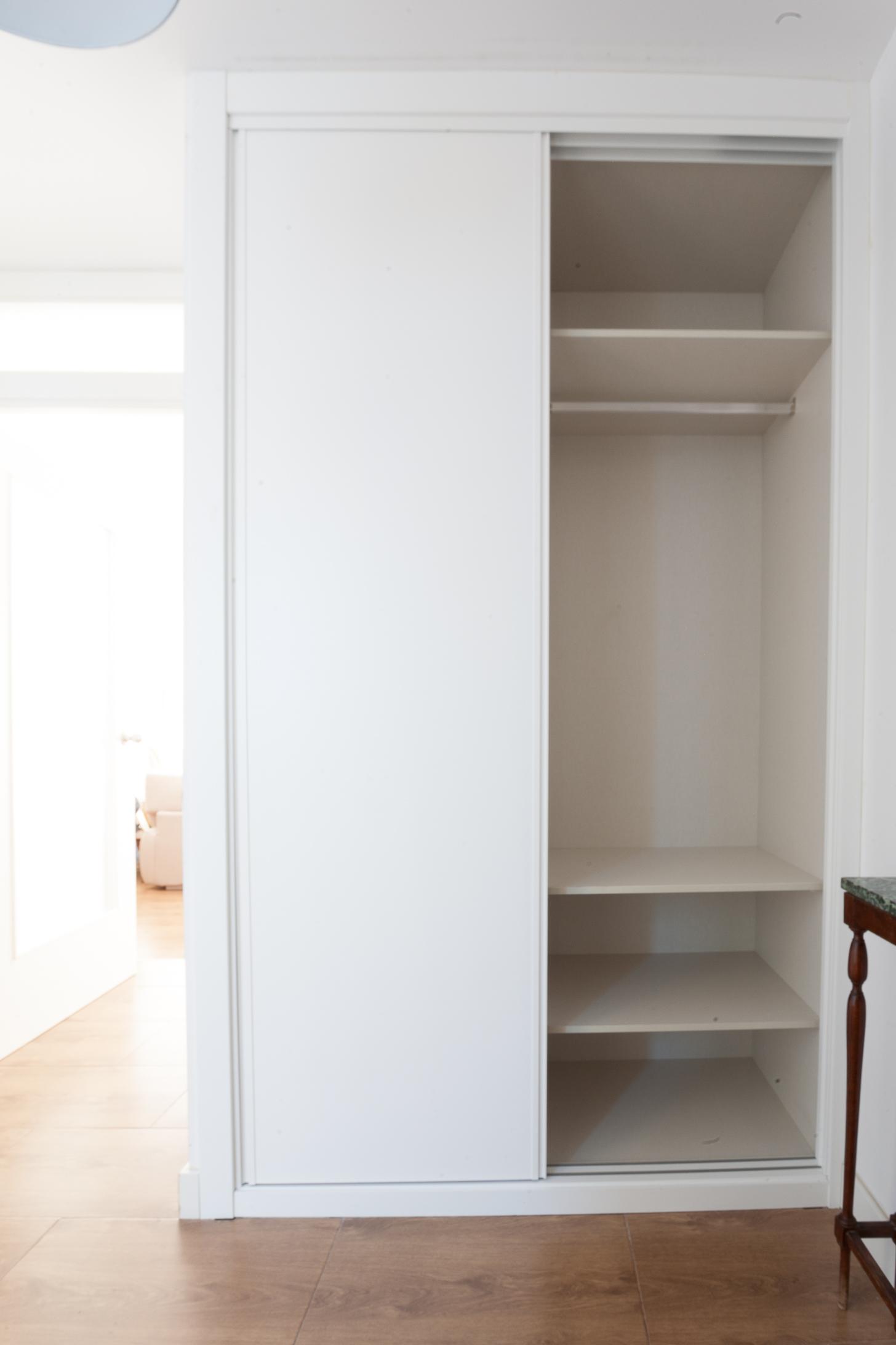 Armario lacado blanco armarios corredera puertas lacadas - Lacado de puertas en blanco ...